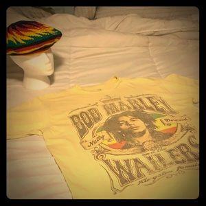 Vintage Marley & The Wailers Tee w/new reggae  hat